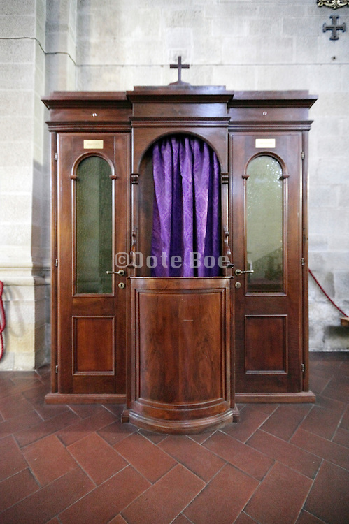 confession booth Italy