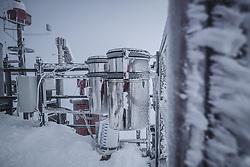 THEMENBILD - Niederschlagssammler am Sonnblick Observatorium, aufgenommen am 20. November 2018, Rauris, Österreich // Precipitation collector at the Observatory Sonnblick on 2018/11/20, Rauris, Austria. EXPA Pictures © 2018, PhotoCredit: EXPA/ JFK