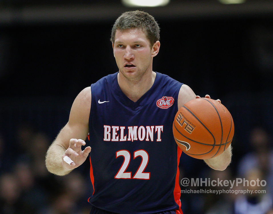 INDIANAPOLIS, IN - DECEMBER 28: Reece Chamberlain #22 of the Belmont Bruins brings the ball up court during the game against the Butler Bulldogs at Hinkle Fieldhouse on December 28, 2014 in Indianapolis, Indiana. (Photo by Michael Hickey/Getty Images) *** Local Caption *** Reece Chamberlain