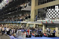 13.11.2011, Yas-Marina-Circuit, Abu Dhabi, UAE, Grosser Preis von Abu Dhabi, im Bild Fernando Alonso (ESP), Scuderia Ferrari - Lewis Hamilton (GBR), McLaren F1 Team - Jenson Button (GBR),  McLaren F1 Team  // during the Formula One Championships 2011 Large price of Abu Dhabi held at the Yas-Marina-Circuit, 2011/11/12. EXPA Pictures © 2011, PhotoCredit: EXPA/ nph/ Dieter Mathis..***** ATTENTION - OUT OF GER, CRO *****