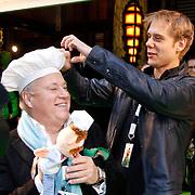 NLD/Amsterdam/20120121 - Filmpremiere The Muppets, Armin van Buuren Joop Braakhekke