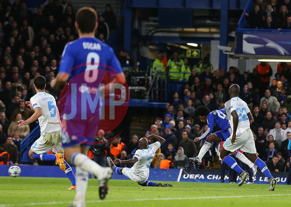 Willian ( 2nd R ) of Chelsea score to make it 2-0 - Mandatory byline: Paul Terry/JMP - 09/12/2015 - Football - Stamford Bridge - London, England - Chelsea v FC Porto - Champions League - Group G