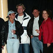 Big Brother 2000, Miranda verlaat het huis, Menno Buch met vriendin Nicole van Houten met pet
