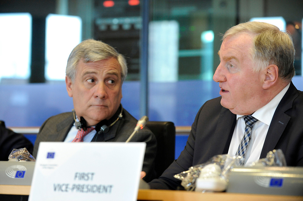 11 May 2017, 123rd Plenary Session of the European Committee of the Regions <br /> Belgium - Brussels - May 2017 <br /> EP President Tajani  and LAMBERTZ Karl-Heinz© European Union / Fred Guerdin