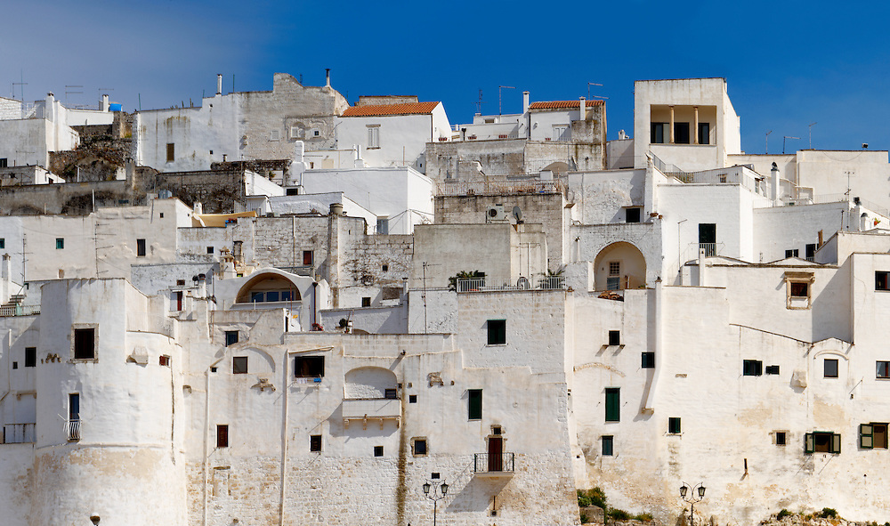The white city of Ostuni, Puglia, South Italy. .<br /> <br /> Visit our ITALY HISTORIC PLACES PHOTO COLLECTION for more   photos of Italy to download or buy as prints https://funkystock.photoshelter.com/gallery-collection/2b-Pictures-Images-of-Italy-Photos-of-Italian-Historic-Landmark-Sites/C0000qxA2zGFjd_k<br /> .<br /> <br /> Visit our MEDIEVAL PHOTO COLLECTIONS for more   photos  to download or buy as prints https://funkystock.photoshelter.com/gallery-collection/Medieval-Middle-Ages-Historic-Places-Arcaeological-Sites-Pictures-Images-of/C0000B5ZA54_WD0s