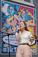 Cassie Coleman, American Idol contestant sings in Downtown Columbia, TN