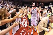 DESCRIZIONE : Reggio Emilia Lega A 2014-15 Grissin Bon Reggio Emilia - Banco di Sardegna Dinamo Sassari playoff Finale gara 5 <br /> GIOCATORE : Riccardo Cervi<br /> CATEGORIA : esultanza postgame<br /> SQUADRA : Grissin Bon Reggio Emilia<br /> EVENTO : LegaBasket Serie A Beko 2014/2015<br /> GARA : Grissin Bon Reggio Emilia - Banco di Sardegna Dinamo Sassari playoff Finale gara 5<br /> DATA : 22/06/2015 <br /> SPORT : Pallacanestro <br /> AUTORE : Agenzia Ciamillo-Castoria/GiulioCiamillo<br /> Galleria : Lega Basket A 2014-2015 Fotonotizia : Reggio Emilia Lega A 2014-15 Grissin Bon Reggio Emilia - Banco di Sardegna Dinamo Sassari playoff Finale  gara 5<br /> Predefinita :