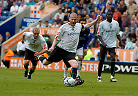 Photo: Henry Browne.<br /> Leicester City v Luton. Coca Cola Championship.<br /> 27/08/2005.<br /> Luton Captain Kevin Nicholls makes it 2-0 from the penalty spot.