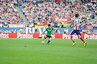 Atletico de Madrid´s Mario Mandzukic and Athletic Club´s Unai Bustinza during 2014-15 La Liga match between Atletico de Madrid and Athletic Club at Vicente Calderon stadium in Madrid, Spain. May 02, 2015. (ALTERPHOTOS/Luis Fernandez)