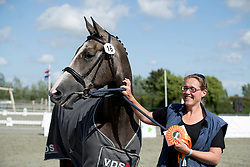 Isarah van de Westerhoeve<br /> Centrale Keuring Zeeland - Vrouwenpolder 2016<br /> © Hippo Foto - Dirk Caremans<br /> 02/07/16