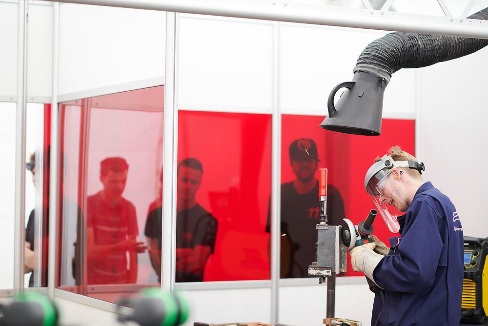 Schweisser, Soudeur, Saldatore - SVS - Schweizerischer Verein für Schweisstechnik, ASS - Association Suisse pour la technique du soudage,ASS - Associazione Svizzera per la technica della saldatura. © Manu Friederich