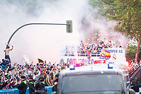 Real Madrid players during the celebration of the victory of the Real Madrid Champions League at Plaza de Cibeles in Madrid. May 28. 2016. (ALTERPHOTOS/Borja B.Hojas)