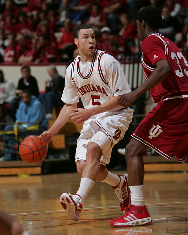 25 October 2008: Indiana guard Jeremiah Rivers (5) as the Indiana Hoosiers played a scrimmage college basketball game in Bloomington, Ind.