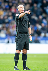 February 3, 2019 - Leicester, England, United Kingdom - LEICESTER, UK. 3RD FEBRUARY.Referee Mike Dean during the Premier League match between Leicester City and Manchester United at the King Power Stadium, Leicester on Sunday 3rd February 2019. (Credit Image: © Mi News/NurPhoto via ZUMA Press)