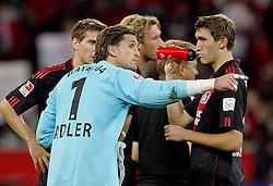 """03.10.2010,  BayArena, Leverkusen, GER, 1. FBL, Bayer Leverkusen vs Werder Bremen, 7. Spieltag, im Bild: Rene Adler (Leverkusen #1) war nach Spielende nicht zufrieden. Hier """"schimpft"""" er mit Daniel Schwaab (Leverkusen #2), Simon Rolfes (Leverkusen #6) und Stefan Reinartz (Leverkusen #3)  EXPA Pictures © 2010, PhotoCredit: EXPA/ nph/  Mueller+++++ ATTENTION - OUT OF GER +++++"""
