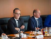 DEU, Deutschland, Germany, Berlin, 15.05.2019: Bundesaussenminister Heiko Maas (SPD) und Bundesfinanzminister Olaf Scholz (SPD) vor Beginn der 52. Kabinettsitzung im Bundeskanzleramt.