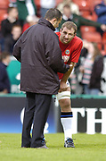 Leicester, England UK., 9th October 2004,  Zurich Premiership Rugby, Leicester Tigers vs Bath Rugby, Welford Road,<br /> [Mandatory Credit: Peter Spurrier/Intersport Images],<br /> Bath coach John Connelly talk to Steve Borthwick.