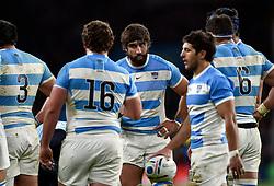 Juan Martin Fernandez Lobbe of Argentina speaks to his team - Mandatory byline: Patrick Khachfe/JMP - 07966 386802 - 25/10/2015 - RUGBY UNION - Twickenham Stadium - London, England - Argentina v Australia - Rugby World Cup 2015 Semi Final.- Mandatory byline: Patrick Khachfe/JMP - 07966 386802 - 25/10/2015 - RUGBY UNION - Twickenham Stadium - London, England - Argentina v Australia - Rugby World Cup 2015 Semi Final.