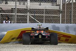 April 7, 2018 - Sakhir, Bahrain - Motorsports: FIA Formula One World Championship 2018, Grand Prix of Bahrain,#33 Max Verstappen (NDL, Red Bull Racing), crashes in qualifying. (Credit Image: © Hoch Zwei via ZUMA Wire)