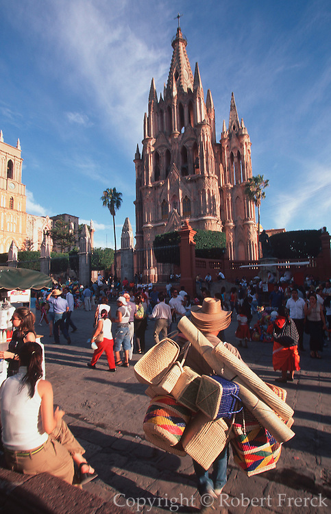 MEXICO, COLONIAL CITIES San Miguel Allende, Parroquia Church