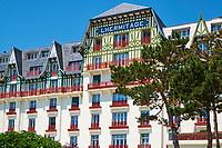 France, Loire-Atlantique (44), La Baule, l'hôtel L'Hermitage de style anglo-normand du groupe Lucien Barrière sur le front de mer // France, Loire-Atlantique, La Baule, L'Hermitage hotel