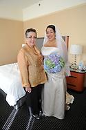 8/28/10 3:56:10 PM -- PHILADELPHIA, PA. --Thea & Kent --. -- Photo by William Thomas Cain/cainimages.com