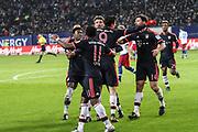 Fussball: 1. Bundesliga, Hamburger SV - FC Bayern Muenchen, Hamburg, 22.01.2016<br /> <br /> Jubel von Bayern: Torschuetze Robert Lewandwoski (m.)<br /> <br /> © Torsten Helmke
