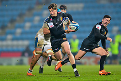 Max Clark of Bath Rugby - Mandatory by-line: Dougie Allward/JMP - 28/11/2020 - RUGBY - Sandy Park - Exeter, England - Exeter Chiefs v Bath Rugby - Gallagher Premiership Rugby