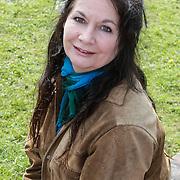 NLD/Haarzuilens/20120425 - Opening tentoonstelling Bruidjes van de Haar, Belinda Meuldijk