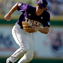 06 June 2009:  D.J. LeMahieu (17) of LSU in action during a 5-3 victory by the LSU Tigers over the Rice Owls in game two of the NCAA baseball College World Series, Super Regional played at Alex Box Stadium in Baton Rouge, Louisiana. The Tigers with the win advance to next week's College Baseball World Series in Omaha, Nebraska.