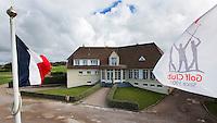 WIMEREUX   (FR.) -  clubhuis van Wimereux Golf Club . Copyright Koen Suyk