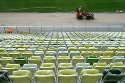 """07.06.2011, Danzig, POL, Euro 2012, PGE Arena Gdansk, Baufortschritt, im Bild Die Bauarbeiten begannen am 15. Dezember 2008, die Fertigstellung ist für 2011 geplant. Am 24. Juli 2010 fand das Richtfest statt. Die Durchführung des Stadionbaus übernimmt das Architekturbüro RKW Rhode Kellermann Wawrowsky aus Düsseldorf. Das Namensrecht erwarb das polnische Energieversorgungsunternehmen Polska Grupa Energetyczna S.A. PGE für ca. 35 Mio. Zloty bis Ende 2014. Vorher trug das Stadionprojekt den Namen ,,Baltic Arena"""" dt. ,,Ostsee-Arena"""". Der fertige Stadionbau hat eine Länge von 236 Meter bei einer Breite von 203 Meter und 45 Meter Höhe. Das neue Stadion wird überwiegend von dem Fußballverein Lechia Gdansk genutzt werden und bietet in Zukunft Plätze für rund 44.000 Zuschauer, EXPA Pictures © 2011, PhotoCredit: EXPA/ Newspix/ WOJCIECH FIGURSKI +++++ ATTENTION - FOR AUSTRIA/ AUT, SLOVENIA/ SLO, SERBIA/ SRB an CROATIA/ CRO, SWISS/ SUI and SWEDEN/ SWE CLIENT ONLY +++++"""