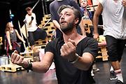Open repetitie HAIR in de studio van Stage Entertainment.<br /> <br /> op de foto:  Tommie Christiaan