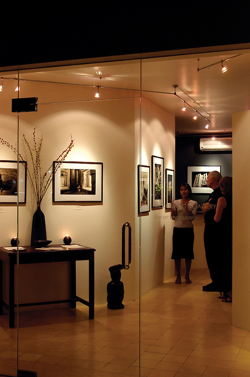 McDermott Gallery - Fine art photography gallery featuring the work of American photographer John McDermott and other artists, located in the FCC complex.