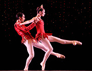 GASTON DE CARDENAS/EL NUEVO HERALD -- MIAMI -- Renato Penteado and Jennifer Kronenberg from the Miami City Ballet during a rehearsal of the Rubies part of the Ballet Jewels