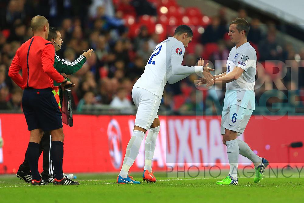 Chris Smalling replaces Phil Jagielka of England - England vs. Slovenia - UEFA Euro 2016 Qualifying - Wembley Stadium - London - 15/11/2014 Pic Philip Oldham/Sportimage
