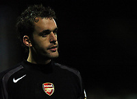 Photo: Javier Garcia/Back Page Images<br />Portsmouth v Arsenal, FA Barclays Premiership, Fratton Park, 19/12/04<br />Manuel Almunia played a big part in Arsenal's victory