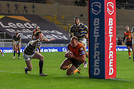 Liam Watts Try for Castleford  during the Betfred Super League match between Leeds Rhinos and Castleford Tigers at Emerald Headingley Stadium, Leeds, United Kingdom on 26 October 2020.