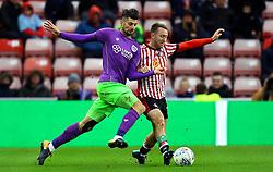Eros Pisano of Bristol City takes on Aidan McGeady of Sunderland - Mandatory by-line: Robbie Stephenson/JMP - 28/10/2017 - FOOTBALL - Stadium of Light - Sunderland, England - Sunderland v Bristol City - Sky Bet Championship