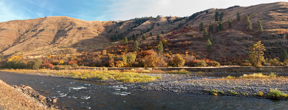autumn in the Grande Ronde River Canyon, WA, USA panorama