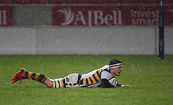 Guy Thompson (c) of Wasps scores his sides first try - Mandatory by-line: Jack Phillips/JMP - 04/11/2016 - RUGBY - AJ Bell Stadium - Sale, England - Sale Sharks v Wasps - The Anglo-Welsh Cup