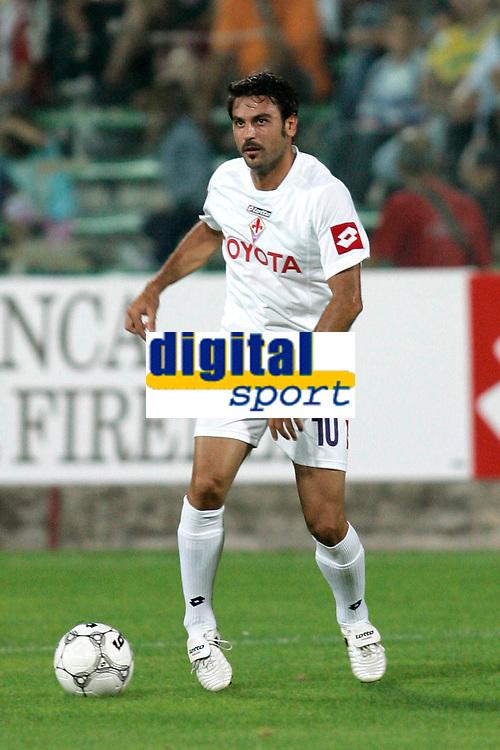 """Firenze 07/08/2005 - Stadio Comunale """" A. Franchi """" - TIM CUP 2005/2006 - Fiorentina Vs Cisco Lodigiani 4-0 - nella foto: Il giocatore della Fiorentina Stefano FIORE"""