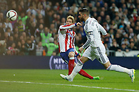 Real Madrid´s Sergio Ramos (R) and Atletico de Madrid´s Fernando Torres scoring a goal during Spanish King´s Cup match at Santiago Bernabeu stadium in Madrid, Spain. January 15, 2015. (ALTERPHOTOS/Victor Blanco)