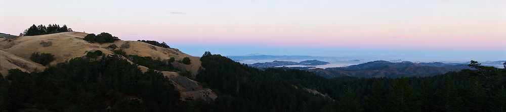 Sunset over the San Francisco Bay Area. (64952 x 14436 pixels)