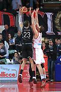 DESCRIZIONE : Varese Lega A 2013-14 Cimberio Varese Granarolo Bologna<br /> GIOCATORE : Jordan Jerome<br /> CATEGORIA : Tiro<br /> SQUADRA : Granarolo Bologna<br /> EVENTO : Campionato Lega A 2013-2014<br /> GARA : Cimberio Varese Granarolo Bologna<br /> DATA : 2612/2013<br /> SPORT : Pallacanestro <br /> AUTORE : Agenzia Ciamillo-Castoria/I.Mancini<br /> Galleria : Lega Basket A 2012-2013  <br /> Fotonotizia : Varese  Lega A 2013-14 Cimberio Varese Granarolo Bologna<br /> Predefinita :