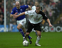 10/01/2004 - Photo  Peter Spurrier<br />