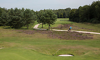 HENGELO (GLD) - op weg , hole 11. .  golfbaan 't Zelle . COPYRIGHT KOEN SUYK