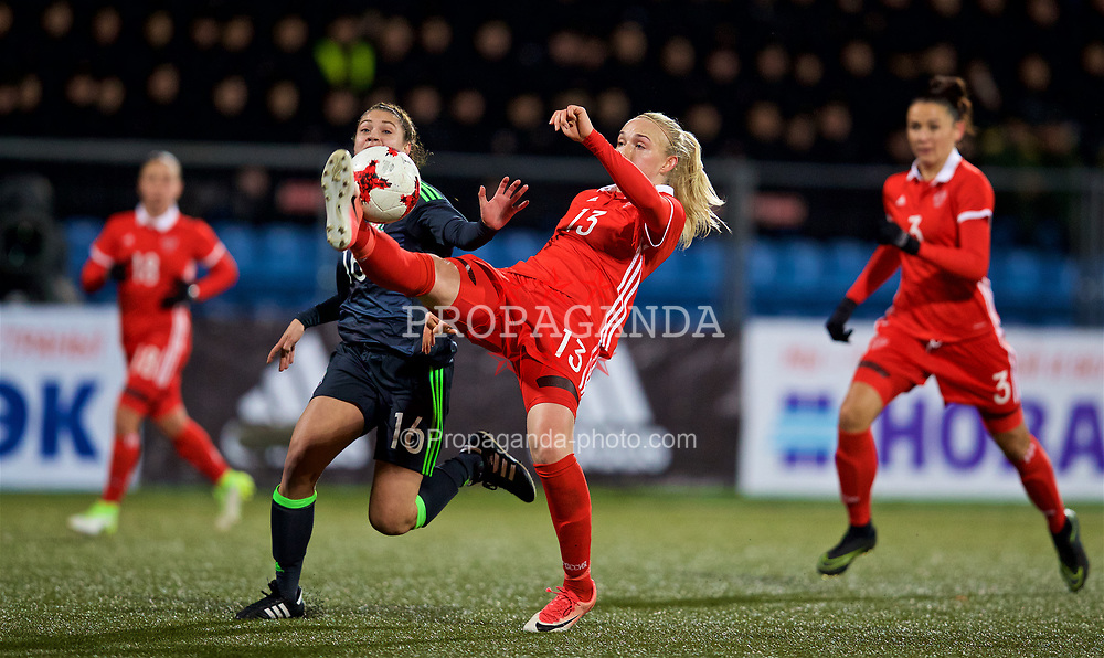 SAINT PETERSBURG, RUSSIA - Tuesday, October 24, 2017: Wales' Peyton Vincze and Russia's Anna Belomyttseva during the FIFA Women's World Cup 2019 Qualifying Group 1 match between Russia and Wales at the Petrovsky Minor Sport Arena. (Pic by David Rawcliffe/Propaganda)