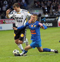 Fotball, Tippeligaen, Rosenborg ( RBK ) - Lyn,<br /> Roar Strand RBK og Theodor Elmar Bjarnason Lyn   <br /> Foto: Carl-Erik Eriksson, Digitalsport