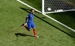 Antoine Griezmann of France celebrates scoring his second goal of the game  - Mandatory by-line: Joe Meredith/JMP - 26/06/2016 - FOOTBALL - Stade de Lyon - Lyon, France - France v Republic of Ireland - UEFA European Championship Round of 16